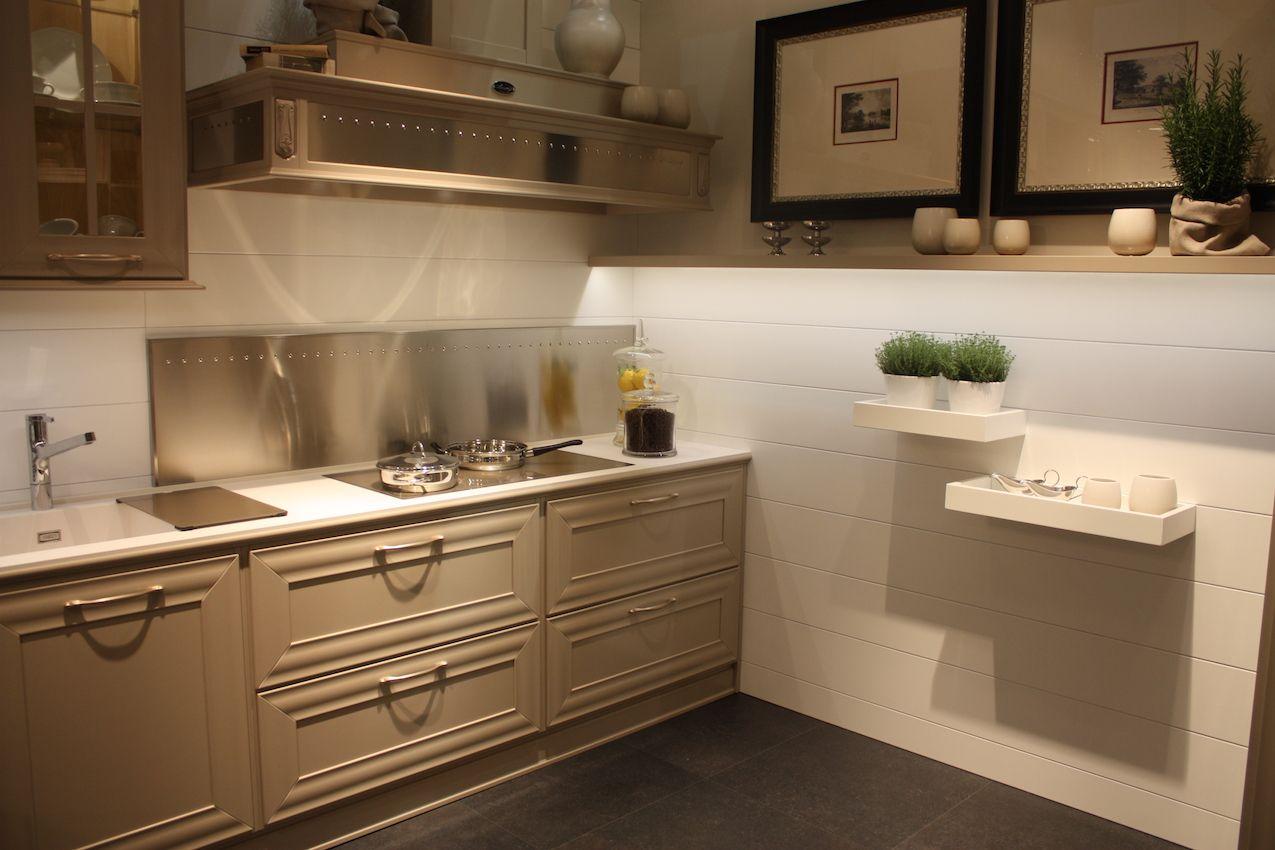 Arcari kitchen cabinets