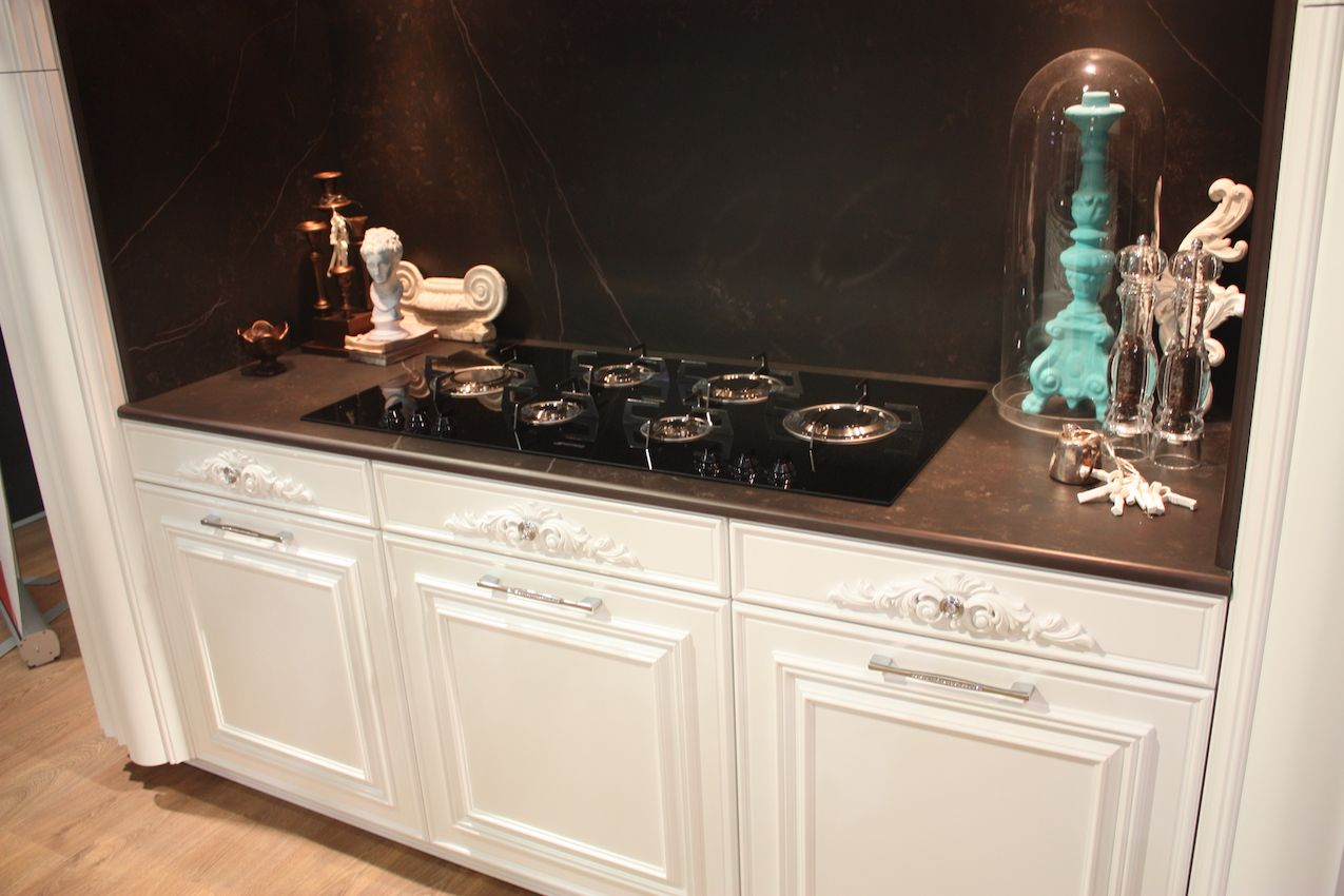 Gatto bling traditional kitchen handles
