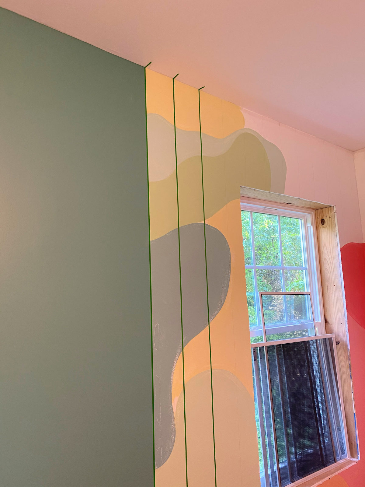 home gym walls with gradient stripes 3